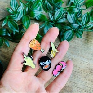 Set of 5 different pins